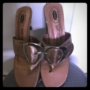 Dr Scholl's size 8 Copper colored low heel